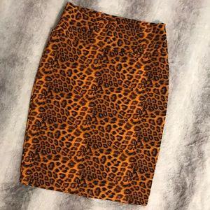 NWOT LuLaRoe Cassie skirt Medium leopard print ☀️